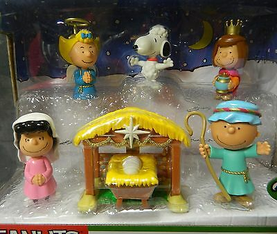 Peanuts Charlie Brown Annual Pageant 7 PC Figures Deluxe Christmas Nativity Set