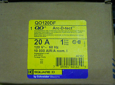 NEW SQUARE D QO120DF 1 Pole 20 Amp 120 Volt  Dual Function Arc and Ground Fault