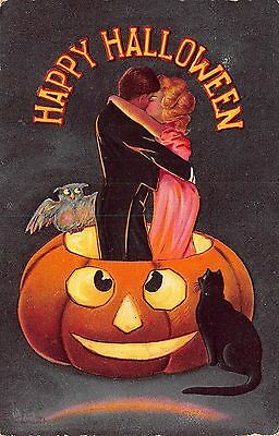 Halloween Postcard Couple Kissing Standing in Jack-O-Lantern w/ Cat & Owl~108618
