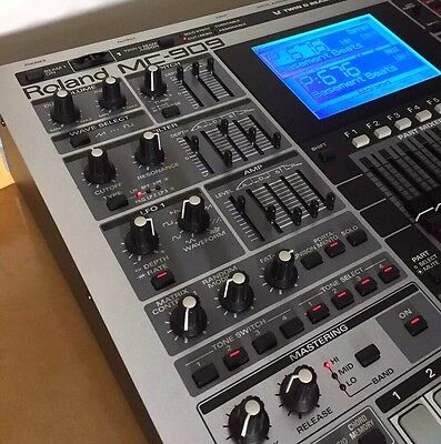Roland MC-909 w/- SRX-08 Platinum Trax Upgrade