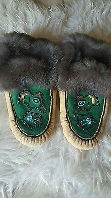 Mabel Pike handmade moccasins MUSEUM PIECE QUALITY WITH NO RESERVE!!!
