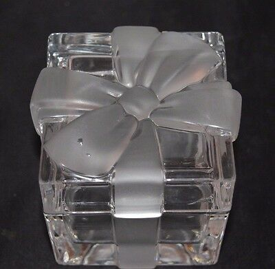 """TIFFANY & Co.  Glass Crystal Gift Trinket BOX Frosted BOW 3"""" Square"""