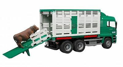 Bruder MAN Tiertransport-LKW TGA mit 1 Rind 02749