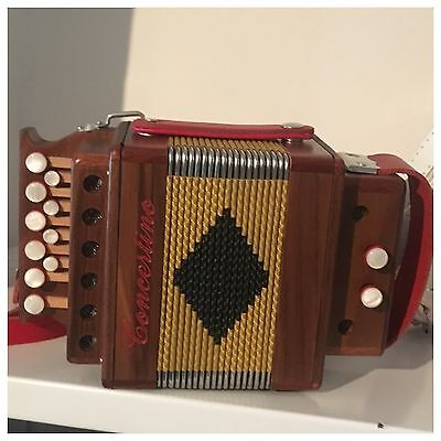 Accordion Melodeon Concertino Made In Italy With Hand Made Type Of Reed Tuning G