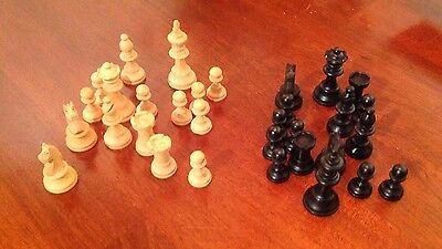Wood Chess Pieces With Wooden Sliding Box