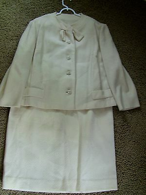 Vintage 1960s 1970s Ivory Boucle Women's Skirt Suit
