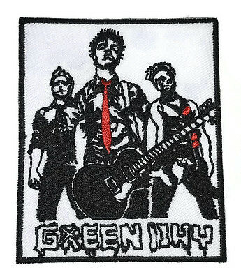 1xNEW GREEN DAY MUSIC ROCK HEART EMBROIDERED SYMBOL IRON ON PATCH SHIRT PO511