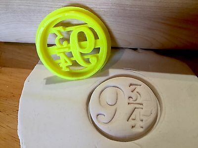 Harry Potter HP Cookie Cutter Platform 9 3/4 Cupcake Fondant Gingerbread Stamp