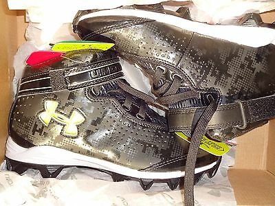 Under Armour Boy's Crusher Football Cleats - 3Y