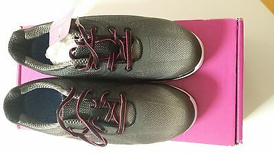 Ladies Footjoy EmPower 98003K golf shoes size 4.5
