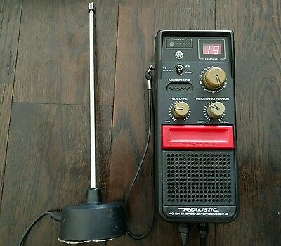 Realistic 40 Channel CB Radio TRC-1004 With External Antenna - For Vehicles