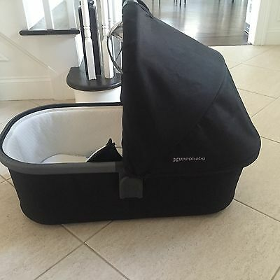 Uppa Baby Vista 2015 Bassinet Jake color (black/carbon) With Box