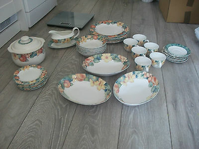 M&S Marks & Spencer Millbrook Dinner Service Immaculate Condition 37 Pieces
