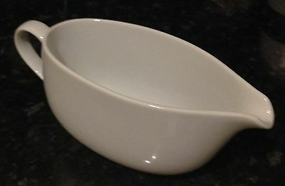 Large Family Size white ceramic gravy sauce custard boat jug holds  1 1/2 Pints!