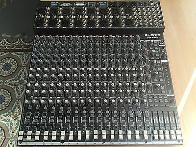 table mixage 16 pistes Phonic MR 2443