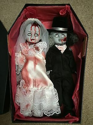 """LIVING DEAD Dolls Couple """"Died and Doom"""" Bride and Groom Mezco Gothic Wedding"""