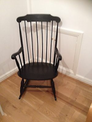 Antique / Vintage Rocking Chair Beautiful Condition