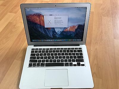 "MacBook Air 13"" A1369 4GB RAM 128 SSD Hard Drive with Charger"