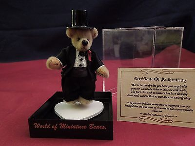 World of Miniature Bears  Jim With Top Hat
