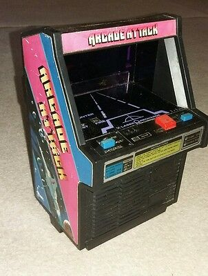 Tomy  mini Arcade Attack fully working vintage retro lcd game