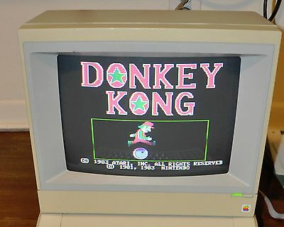 Apple Computer Color Monitor IIe A2M2056 JAN 1987 - Tested & Working