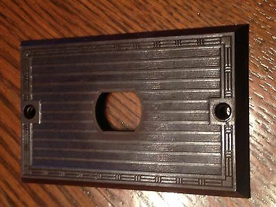 Deco Despard Switch Outlet Cover Plate Brown 1940's Bakelite Single Vintage P&S