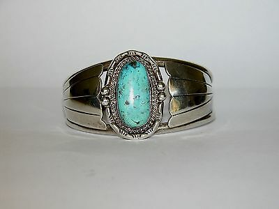 Southwest USA Gorgeous Sterling Silver and Turquoise Bracelet Vintage Marked
