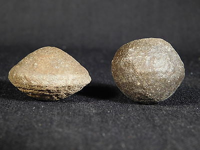 A Nice and Natural Pair of Moqui Marbles or Shaman Stones! from Utah 49.1gr e