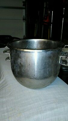 Stainless Steel Mixing Bowl compatible with Hobart Mixers, 20 Qt., 7020