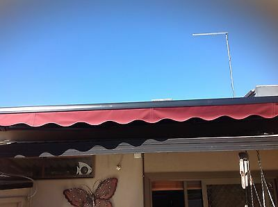RETRACTABLE REMOTE CONTROLLED AWNING WITH WIND SENSOR 5 metres x 3.5 metres
