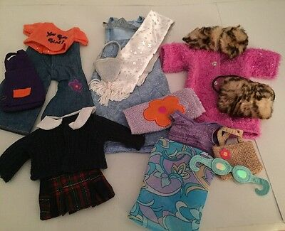 """Lot of  """"GROOVEY GIRL"""" doll clothes  (group 2)"""
