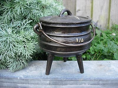 Antique  Cast Iron Cauldron with Lid  Garden Planter Herbs Bulbs (1020)