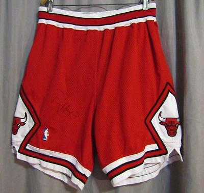 1994-95 Ron Harper Chicago Bulls Game Worn NBA Shorts Autographed Used & Signed
