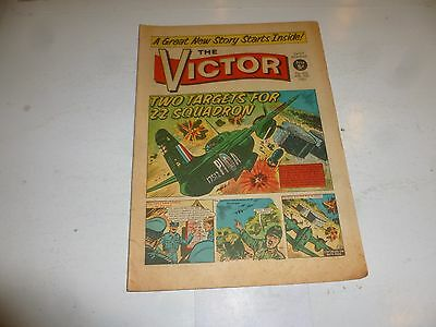 VICTOR Comic - Issue 216 - Date 10/04/1965 - UK Paper Comic