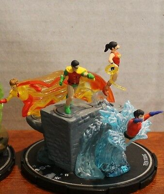 Heroclix Team Base, Teen Titans, Complete, with cards, EX condition, #1