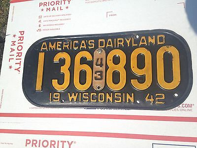1942/43 Wisconsin License Plate