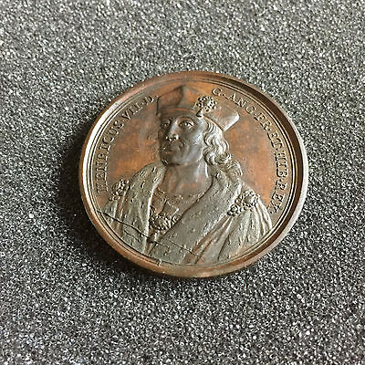 1731 Henry VII 41mm Bronze Commemorative Medal By Jean Dassier No 25 in Series