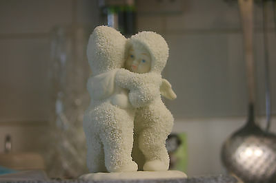 Dept 56 snow babies 68136 Need a hug Brand new with box retired 1992