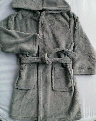 HOODED BATH ROBE_childs Dressing Gown_Boys Girls_6 to 7 yr old_Fleece-Clothing