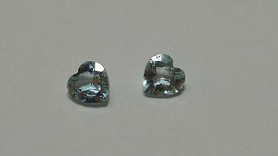 Paire d'aigue marine taille coeur 1.50 cts