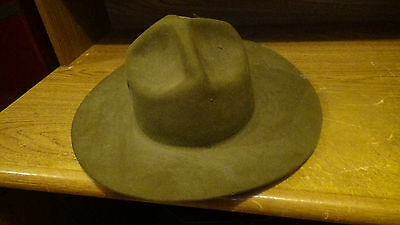 VINTAGE  SCOUT MASTER 4 DENT OVAL HAT CHIN STRAP  Size 71/4