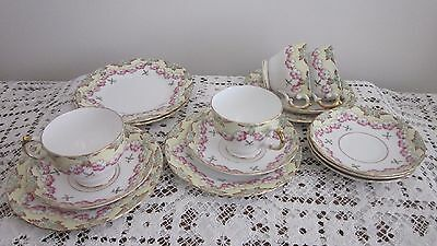 Tuscan Plant Part Teaset – 4 Cups, 6 Saucers,  5 Side Plates