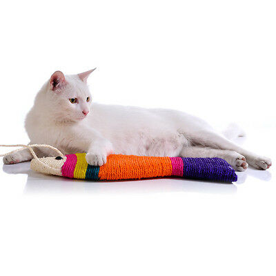 Cute Pet Cat Dog Kitten Fish Shape Sisal Scratch Board Rattling Sound Fun Toy SN