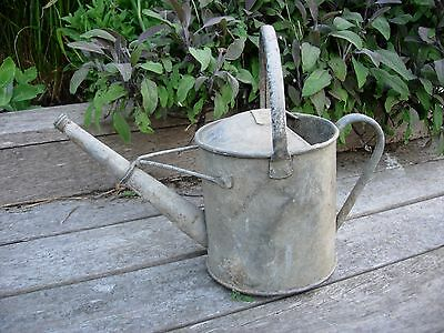 Vintage  Galvanised  3/4 Gallon Metal Watering Can  (1118)