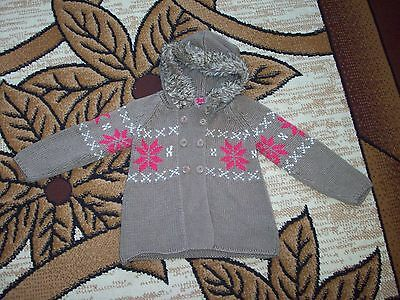 Girls Knit Warm Hooded jacket Age 3-4 Years.  Height 98-104 cm.