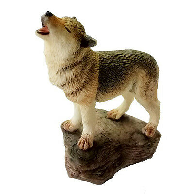 Country Artists Figurines - Miniature Wolf Howling