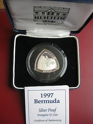 Bermuda 1997 3$ Dollars Triangular Coin Proof by Royal Mint boxed with COA