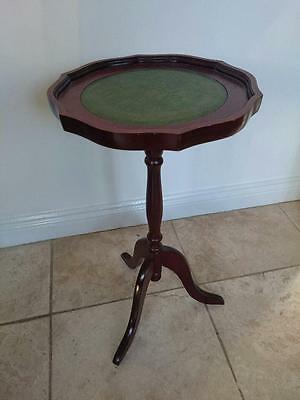 Antique Mahogany Flower or Vase Stand