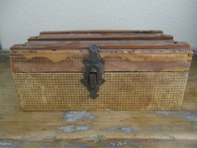 Old Primitive Paper Covered Wood Box with a Lift Lid American Country Find AAFA