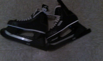 New Bauer Black Hockey/Ice Skates Size 8-Excellent Condition-NHL APPROVED-Rare-